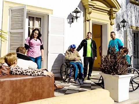 Servicios y Actividades Residencia Providencia Bustos Adulto Mayor CASA SENIOR